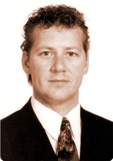 GORDON GUNN