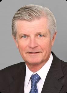 Tim Plaxton