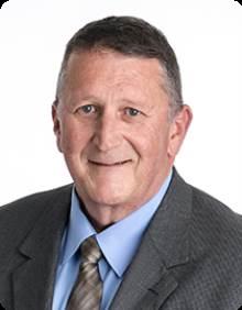 Ray W. SIMUNDSON